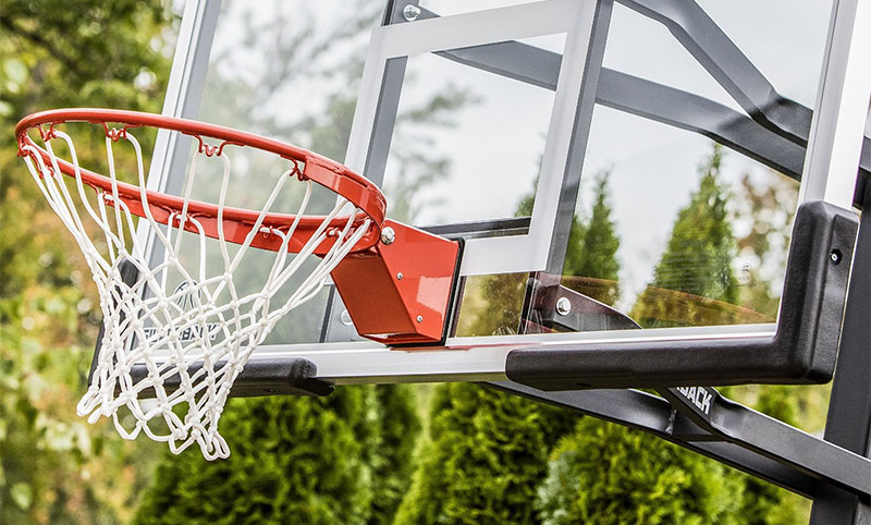 Buying Guide: Choosing The Best Basketball Hoop For Home (2017 – 2018)