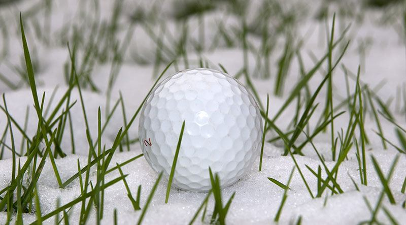 8 Ways To Get Better At Golf In The Winter